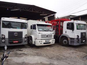Limpa Fossa 2 300x225 - Caminhão Limpa Fossa em Jundiaí