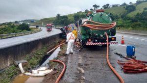 atendimento emergencial 1 1024x576 300x169 - Caminhão Limpa Fossa em Jundiaí